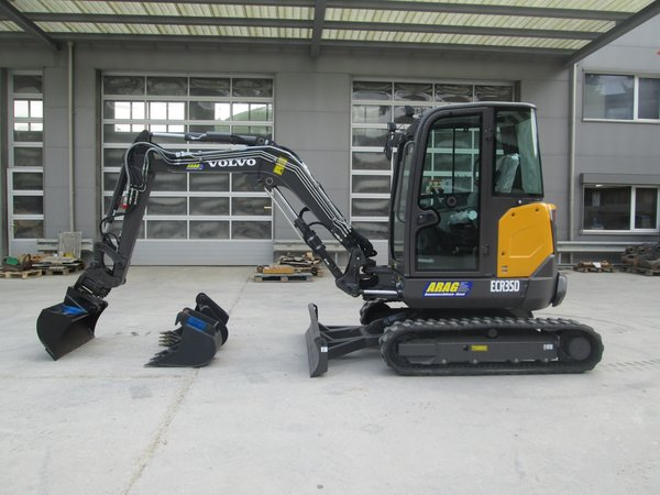 MiniBagger Volvo ECR35D (4to)